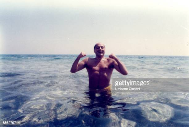Silvio Berlusconi at the beach in Hammamet in Tunisia in August 1984 He was at the beach with Bettino Craxi and Fedele Confalonieri