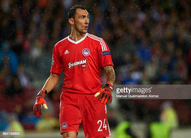 Silvio Proto of Olympiakos looks on during the UEFA Champions League group D match between FC Barcelona and Olympiakos Piraeus at Camp Nou on October...