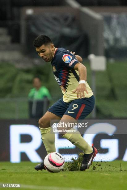 Silvio Romero of America drives the ball during the 8th round match between America and Veracruz as part of the Torneo Apertura 2017 Liga MX at...