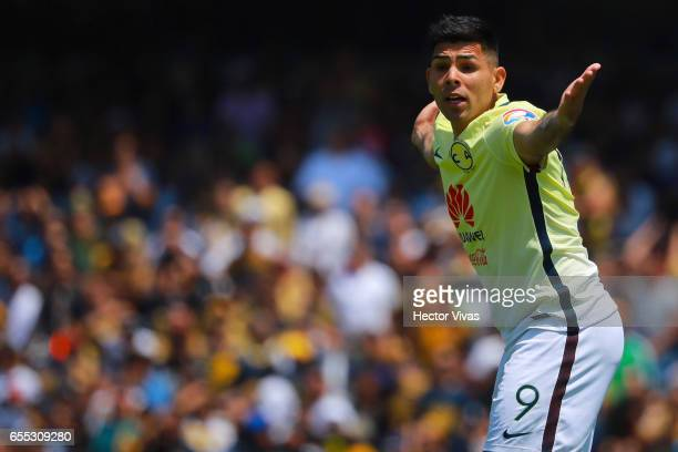 Silvio Romero of America reacts during the 11th round match between Pumas UNAM and America as part of the Torneo Clausura 2017 Liga MX at Olimpico...