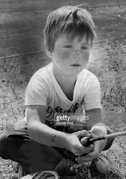 JUL 30 1976 AUG 2 1976 AUG 4 1976 similar prize Action took place at fishing derby Saturday held in conjunction with Davey CrockettAnnie Oakley Day...