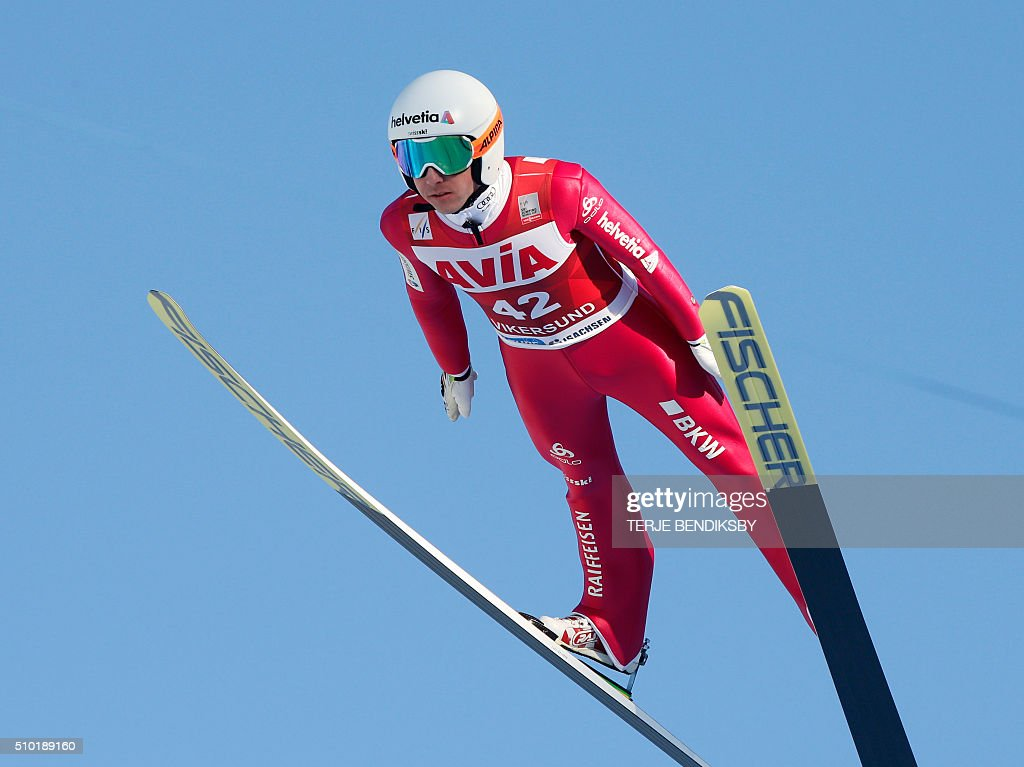 Simon Amman from Switzerland soars through the air during the qalification for the FIS Ski Jumping World Cup Flying Hill competition in Vikersund, February 14, 2016. / AFP / NTB Scanpix / Terje Bendiksby / Norway OUT
