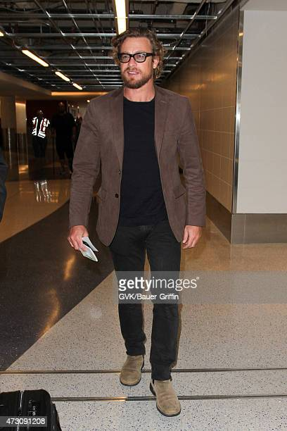 Simon Baker seen at LAX on May 12 2015 in Los Angeles California