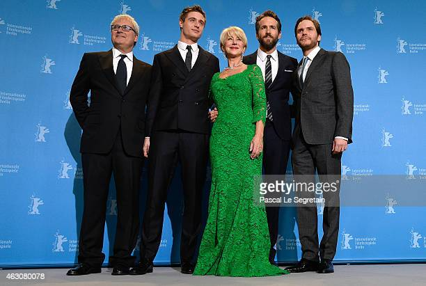 Simon Curtis Max Irons Helen Mirren Ryan Reynolds and Daniel Bruehl attend the 'Woman in Gold' photocall during the 65th Berlinale International Film...