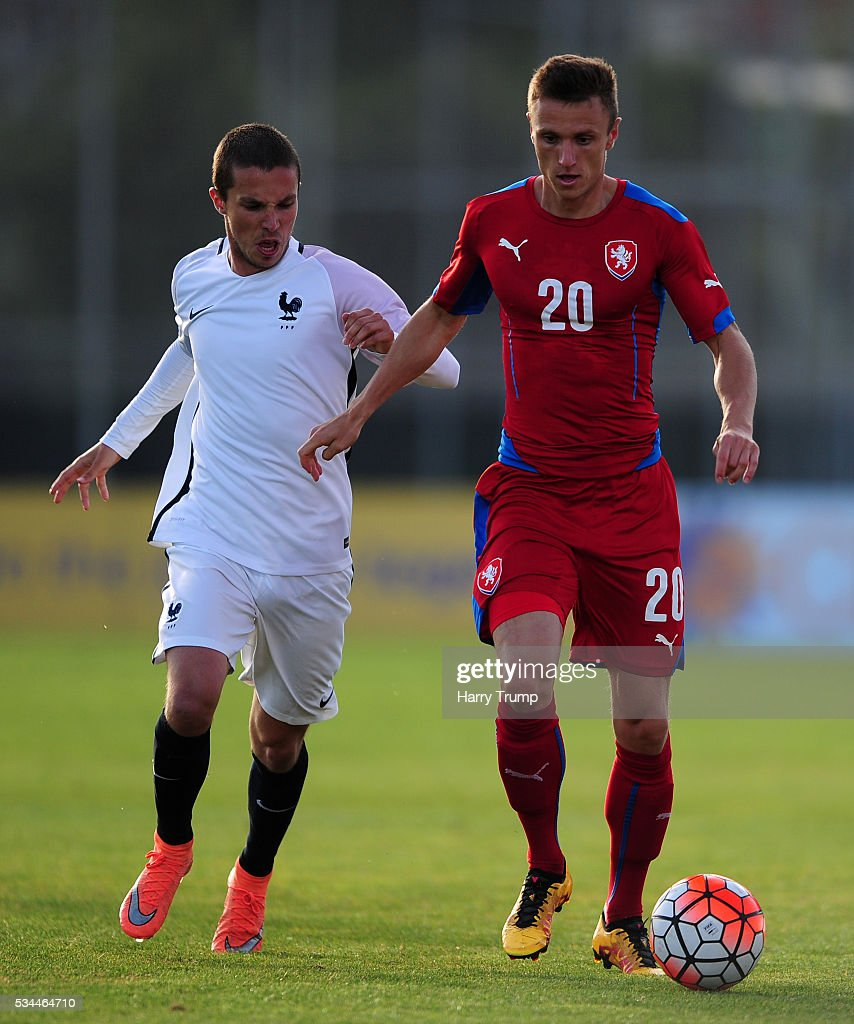 Simon Falta of Czech Republic is tackled by Maximi D'Arpino of France during the Toulon Tournament match between France and Czech Republic at the Stade Leo Lagrange on May 26, 2016 in Toulon, France.