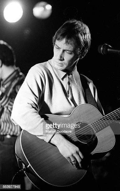 Simon Fowler of Ocean Colour Scene in rehearsal United Kingdom 1996
