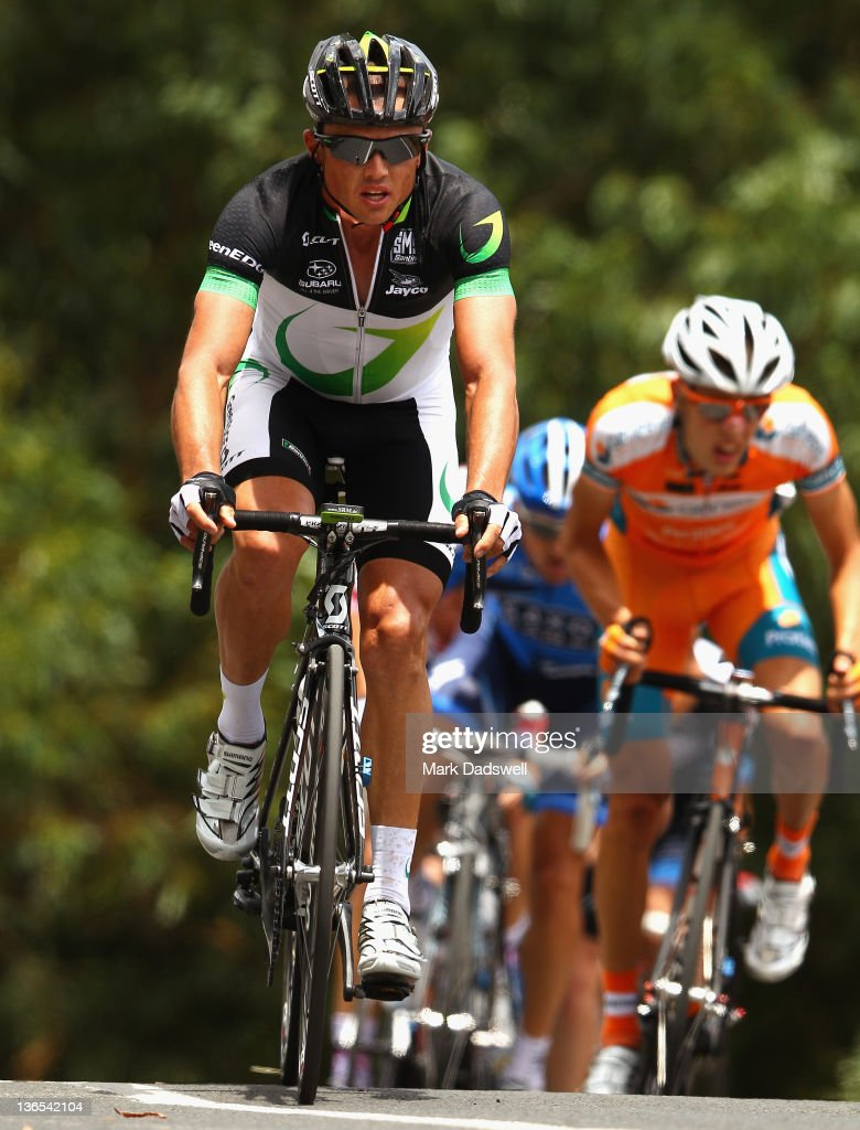 <a gi-track='captionPersonalityLinkClicked' href=/galleries/search?phrase=Simon+Gerrans&family=editorial&specificpeople=750380 ng-click='$event.stopPropagation()'>Simon Gerrans</a> of Green Edge Cycling leads riders up Mount Buningyong Road during the 2012 Cycling Australia Road National Championships on January 8, 2012 in Buninyong, Australia.