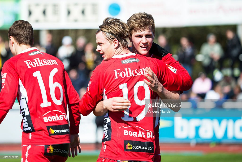 Simon Hedlund of IF Elfsborg and Joakim Nilsson of IF Elfsborg celebrates after scoring (0-1) during the Allsvenskan match between Falkenbergs FF and IF Elfsborg at Falkenbergs IP on May 1, 2016 in Falkenberg, Sweden.