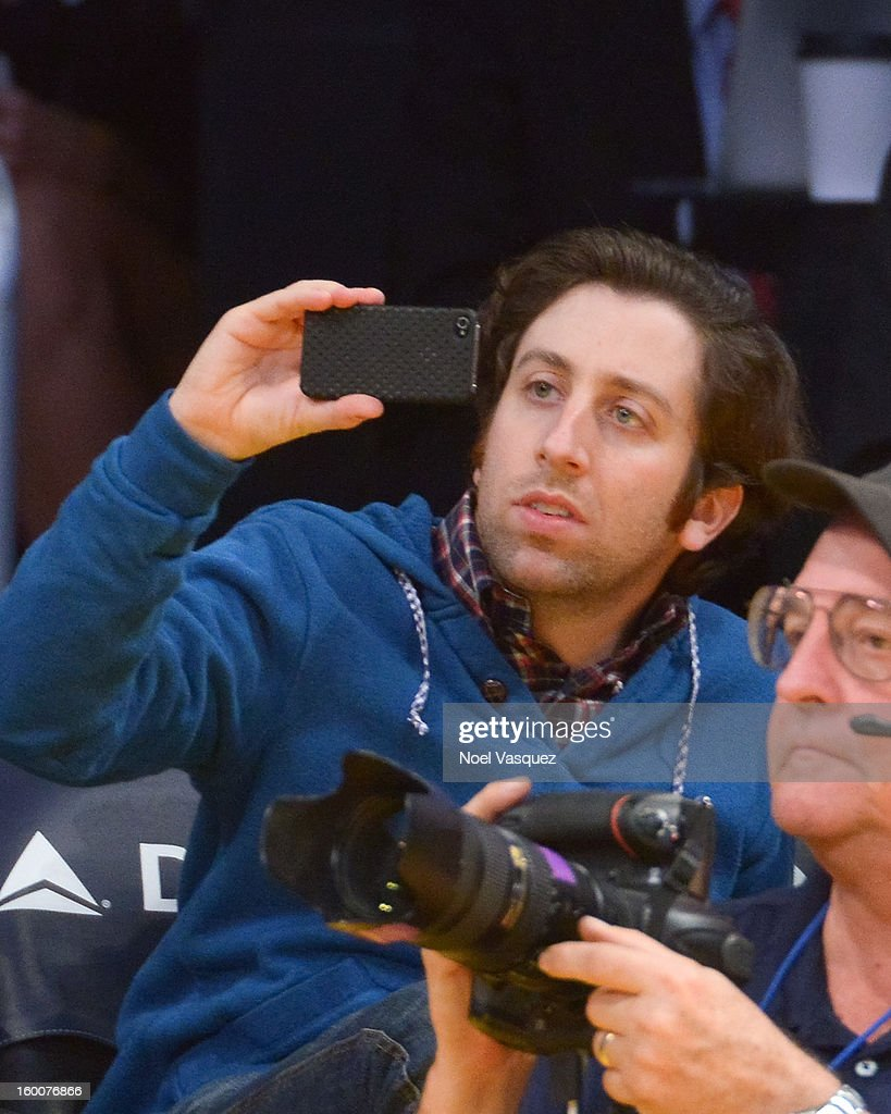 <a gi-track='captionPersonalityLinkClicked' href=/galleries/search?phrase=Simon+Helberg&family=editorial&specificpeople=3215017 ng-click='$event.stopPropagation()'>Simon Helberg</a> attends a basketball game between the Utah Jazz and the Los Angeles Lakers at Staples Center on January 25, 2013 in Los Angeles, California.