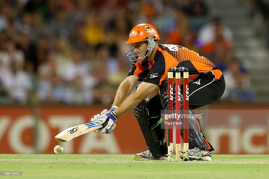 Simon Katich of the Scorchers bats during the Big Bash League final match between the Perth Scorchers and the Brisbane Heat at the WACA on January 19, 2013 in Perth, Australia.