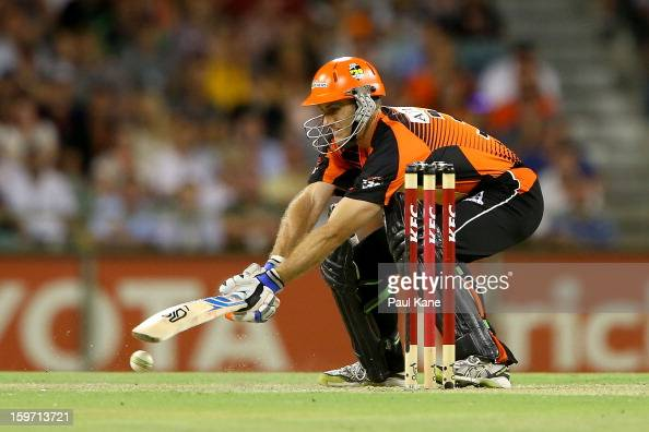 Simon Katich of the Scorchers bats during the Big Bash League final match between the Perth Scorchers and the Brisbane Heat at the WACA on January 19...
