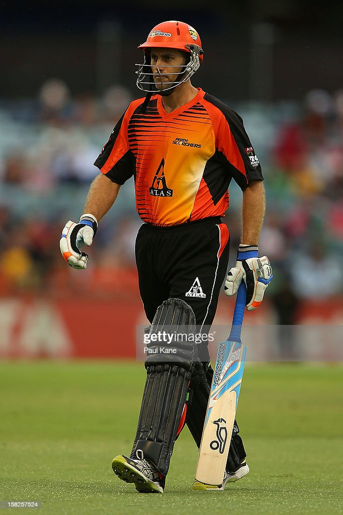 Simon Katich of the Scorchers walks back to the rooms without scoring during the Big Bash League match between the Perth Scorchers and the Melbourne Stars at WACA on December 12, 2012 in Perth, Australia.