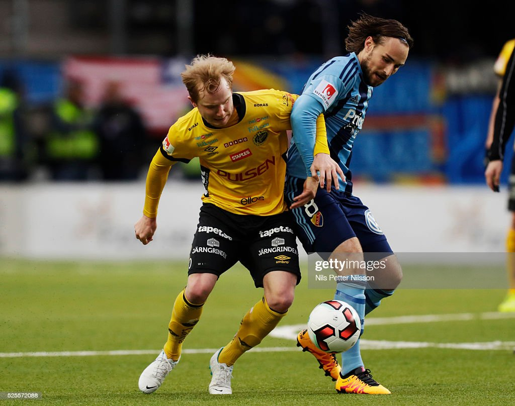 Simon Lundevall of IF Elfsborg and Kevin Walker of Djurgardens IF competes for the ball during the Allsvenskan match between IF Elfsborg and Djurgardens IF at Boras Arena on April 28, 2016 in Boras, Sweden.