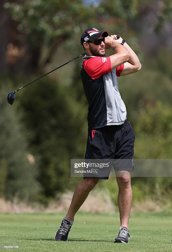 Simon Mannering, Captain of the Warriors tees off during a New Zealand Warriors NRL golf day at Titirangi Golf Club on February 19, 2013 in Auckland, New Zealand.