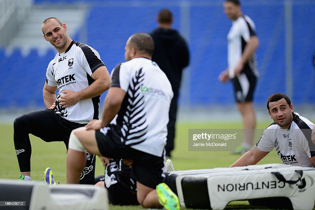 Simon Mannering of New Zealand warms up during a New Zealand Catains Run at the Parc des Sports Stadium on October 31, 2013 in Avignon, France.