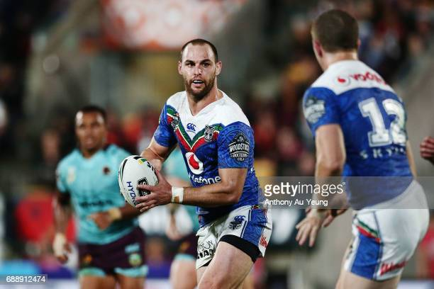 Simon Mannering of the Warriors in action during the round 12 NRL match between the New Zealand Warriors and the Brisbane Broncos at Mt Smart Stadium...