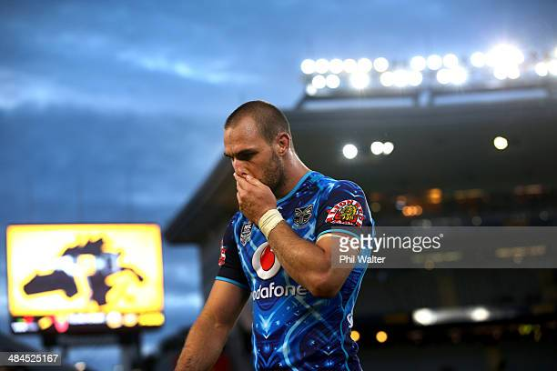 Simon Mannering of the Warriors leaves the field following the round 6 NRL match between the New Zealand Warriors and the CanterburyBankstown...