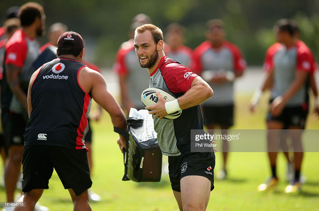 Simon Mannering of the Warriors runs the ball forward during a New Zealand Warriors NRL training session at Mt Smart Stadium on February 14, 2013 in Auckland, New Zealand.