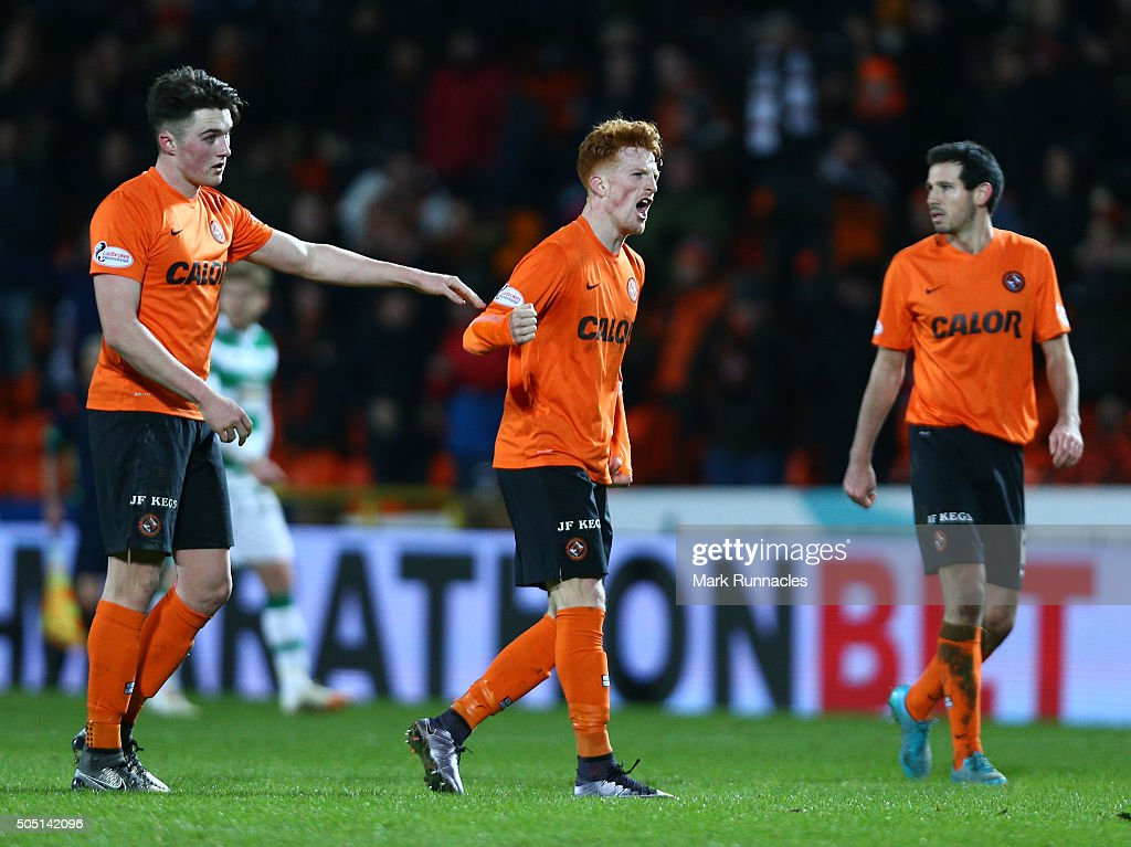 Simon Murray of Dundee United is congratulated by John Soutter after scoring a goal in the first half during the Ladbrokes Scottish Premiership match...