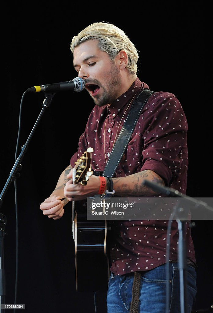 Simon Neil of Biffy Clyro performs at agit8 at Tate Modern, ONE's campaign ahead of the G8 on June 12, 2013 in London, England.