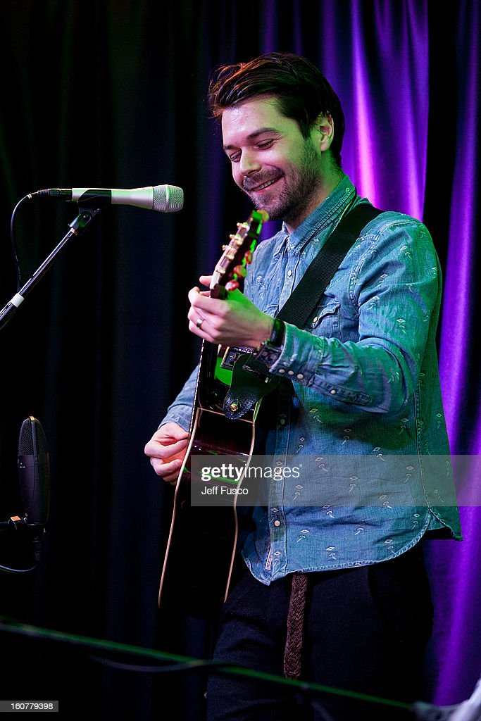 Simon Neil of Biffy Clyro performs at the 104.5 iHeart Performance Theater on February 5, 2013 in Bala Cynwyd, Pennsylvania.