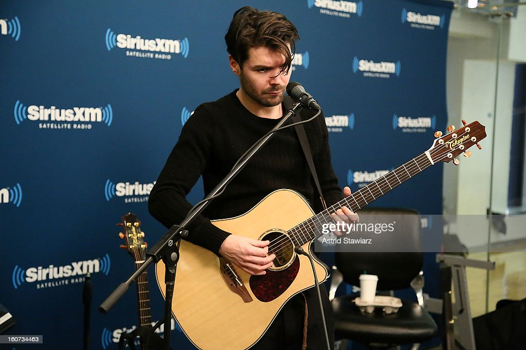 Simon Neil of the band Biffy Clyro performs on Alt Nation at SiriusXM Studios on February 4, 2013 in New York City.