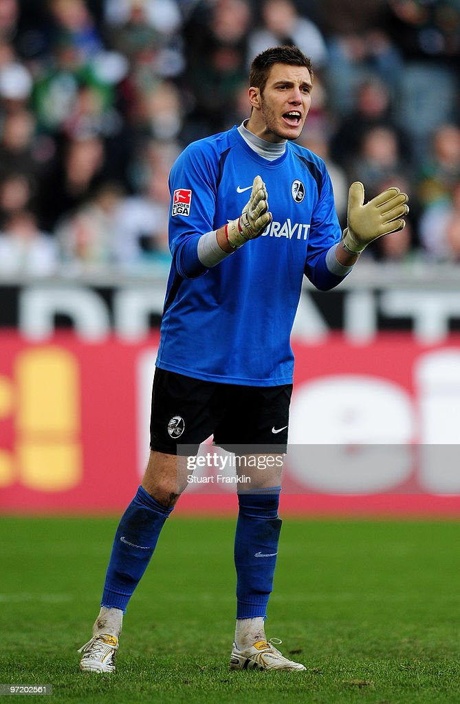 <a gi-track='captionPersonalityLinkClicked' href=/galleries/search?phrase=Simon+Pouplin&family=editorial&specificpeople=2087398 ng-click='$event.stopPropagation()'>Simon Pouplin</a> of Freiburg during the Bundesliga match between Borussia Monchengladbach and SC Freiburg at Borussia Park Stadium on February 27, 2010 in Monchengladbach, Germany.