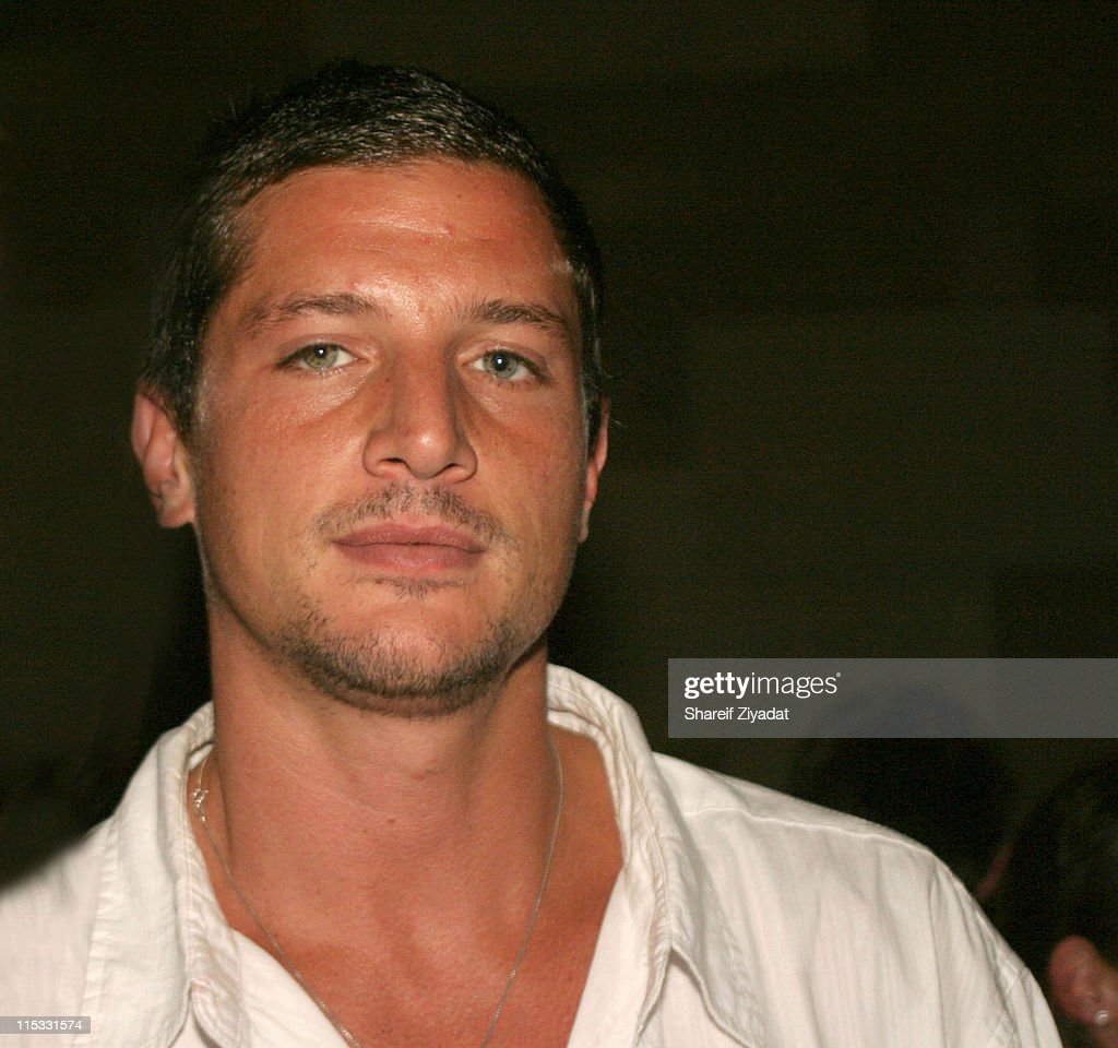 Simon Rex during Celebrities Party at Lotus - September 8, 2004 at Lotus in New York City, New York, United States.