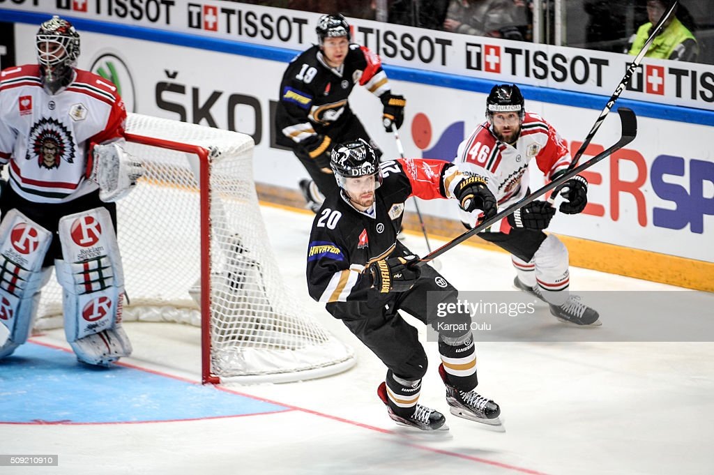 Simon Suoranta #20 of Karpat Oulu and Christoffer Persson #46 of Frolunda Gothenburg during the Champions Hockey League final between Karpat Oulu and Frolunda Gothenburg at Oulun Energia-Areena on February 9, 2016 in Oulu, Finland.
