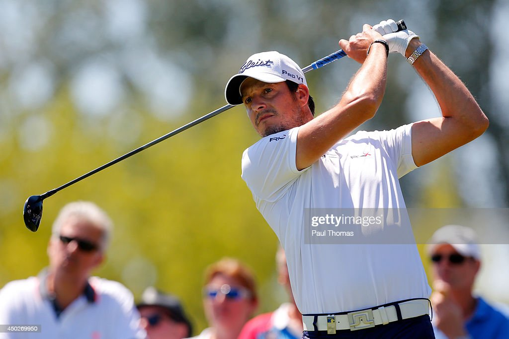 <a gi-track='captionPersonalityLinkClicked' href=/galleries/search?phrase=Simon+Thornton&family=editorial&specificpeople=3965505 ng-click='$event.stopPropagation()'>Simon Thornton</a> of Ireland tees off during the Lyoness Open day four at the Diamond Country Club on June 8, 2014 in Atzenbrugg, Austria.
