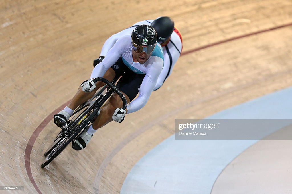 <a gi-track='captionPersonalityLinkClicked' href=/galleries/search?phrase=Simon+van+Velthooven&family=editorial&specificpeople=5780427 ng-click='$event.stopPropagation()'>Simon van Velthooven</a> of West Coast North Island competes against Matthew Archibald of Southland in the Elite Men Sprint during the New Zealand Track National Championships on February 11, 2016 in Cambridge, New Zealand.