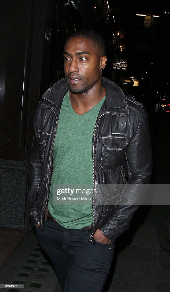 <a gi-track='captionPersonalityLinkClicked' href=/galleries/search?phrase=Simon+Webbe&family=editorial&specificpeople=175939 ng-click='$event.stopPropagation()'>Simon Webbe</a> dines at Buddha Bar on April 6, 2013 in London, England.