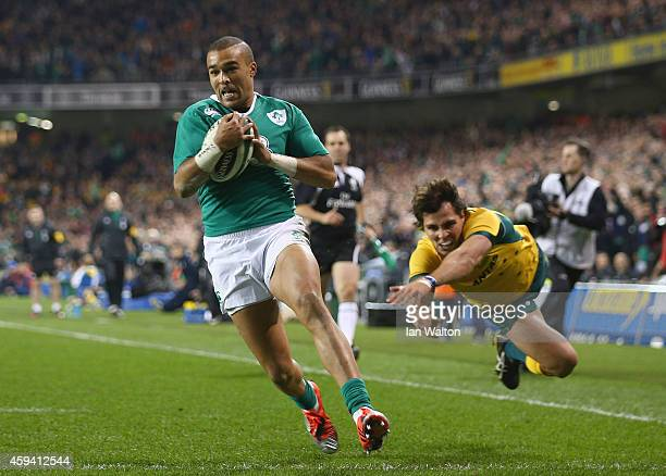 Simon Zebo of Ireland scores the first try during the international friendly match between Ireland and Australia at Aviva Stadium on November 22 2014...