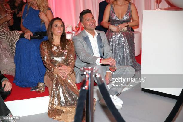 Simone Ballack and Eloy de Jong during the Mon Cheri Barbara Tag at Postpalast on November 30 2017 in Munich Germany