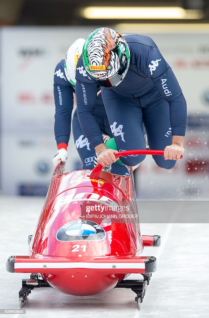 Simone Bertazzo and Federico Comel of Italy compete during two-men Bobsleigh 1st run of Bobsleigh and Skeleton World Championships in Innsbruck Igls, Austria, on February 13, 2016. / AFP / APA / EXPA/JOHANN GRODER / Austria OUT