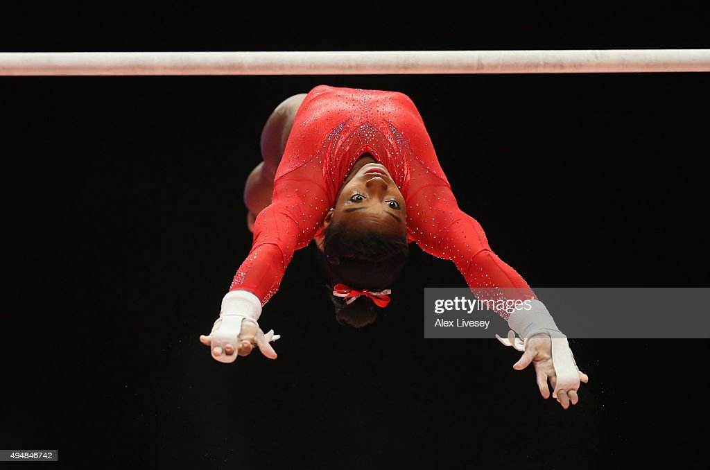 Simone Biles of USA competes on the Uneven Bars during the All-Around Final on day seven of the 2015 World Artistic Gymnastics Championships at The SSE Hydro on October 29, 2015 in Glasgow, Scotland.