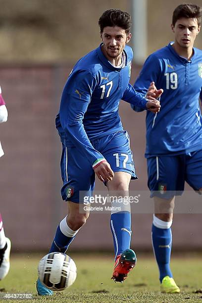 Simone Emmanuello of Italy U20 in action during the international friendly match between Italy U20 and Qatar U20 on February 25 2015 in Montelupo...