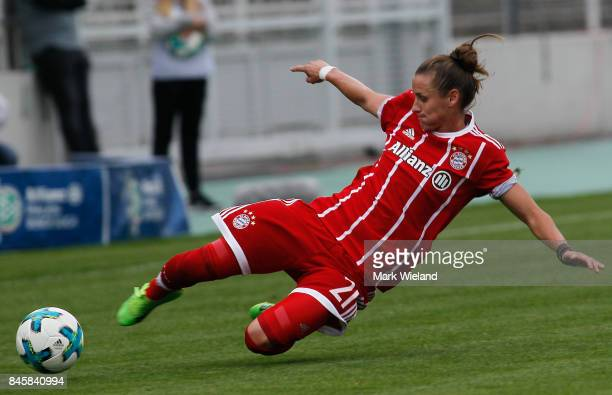 Simone Laudehr of Bayern Muenchen in action during the women Bundesliga match between Bayern Muenchen and SC Freiburg at Stadion an der Gruenwalder...