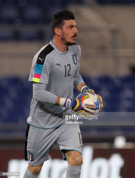 Simone Scuffet of Italy in action during the international friendly match between Italy U21 and Spain U21 at Olimpico Stadium on March 27 2017 in...