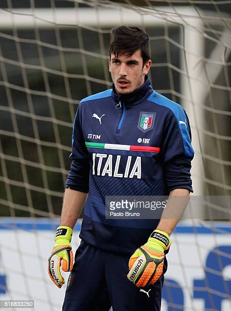 Simone Scuffet of Italy in action during the Italy U21 training session on March 21 2016 in Rome Italy