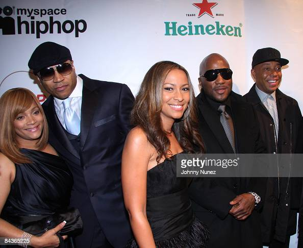 Simone Smith LL Cool J Valeisha Butterfield Young Jeezy and Russell Simmons attend the Hip Hop Summit Action Network Inaugural Ball at the Harman...