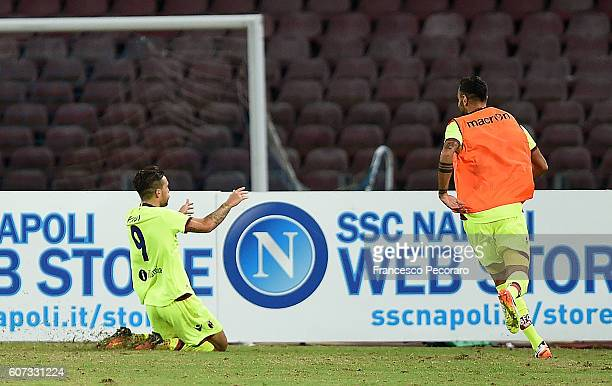 Simone Verdi of Bologna FC celebrates after scoring goal 11 during the Serie A match between SSC Napoli and Bologna FC at Stadio San Paolo on...