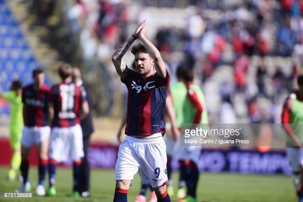 Simone Verdi of Bologna FC celebrates at the end of the Serie A match between Bologna FC and Udinese Calcio at Stadio Renato Dall'Ara on April 30...