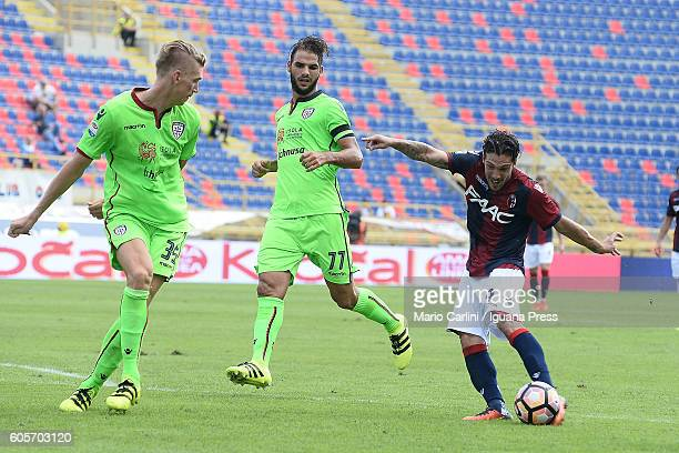 Simone Verdi of Bologna FC in action during the Serie a match between Bologna FC and Cagliari Calcio at Stadio Renato Dall'Ara on September 11 2016...