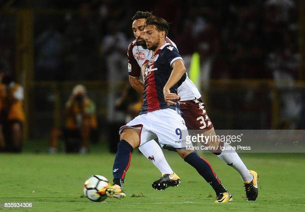 Simone Verdi of Bologna FC in action during the Serie A match between Bologna FC and Torino FC at Stadio Renato Dall'Ara on August 20 2017 in Bologna...