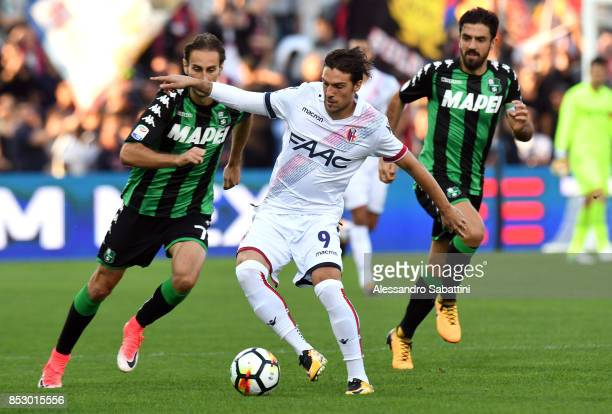 Simone Verdi of Bologna FC in action during the Serie A match between US Sassuolo and Bologna FC at Mapei Stadium Citta' del Tricolore on September...