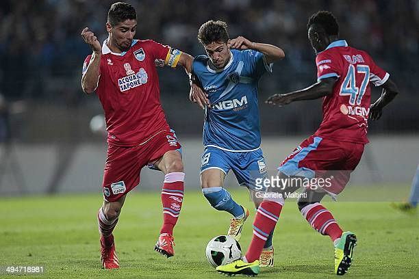 Simone Verdi of Empoli FC in action during the Serie B match between Empoli FC and Pescara Calcio at Stadio Carlo Castellani on May 30 2014 in Empoli...