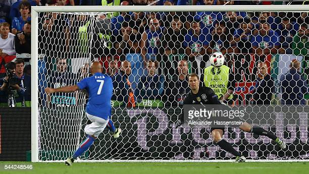 Simone Zaza of Italy misses at the penalty shootout during the UEFA EURO 2016 quarter final match between Germany and Italy at Stade Matmut...