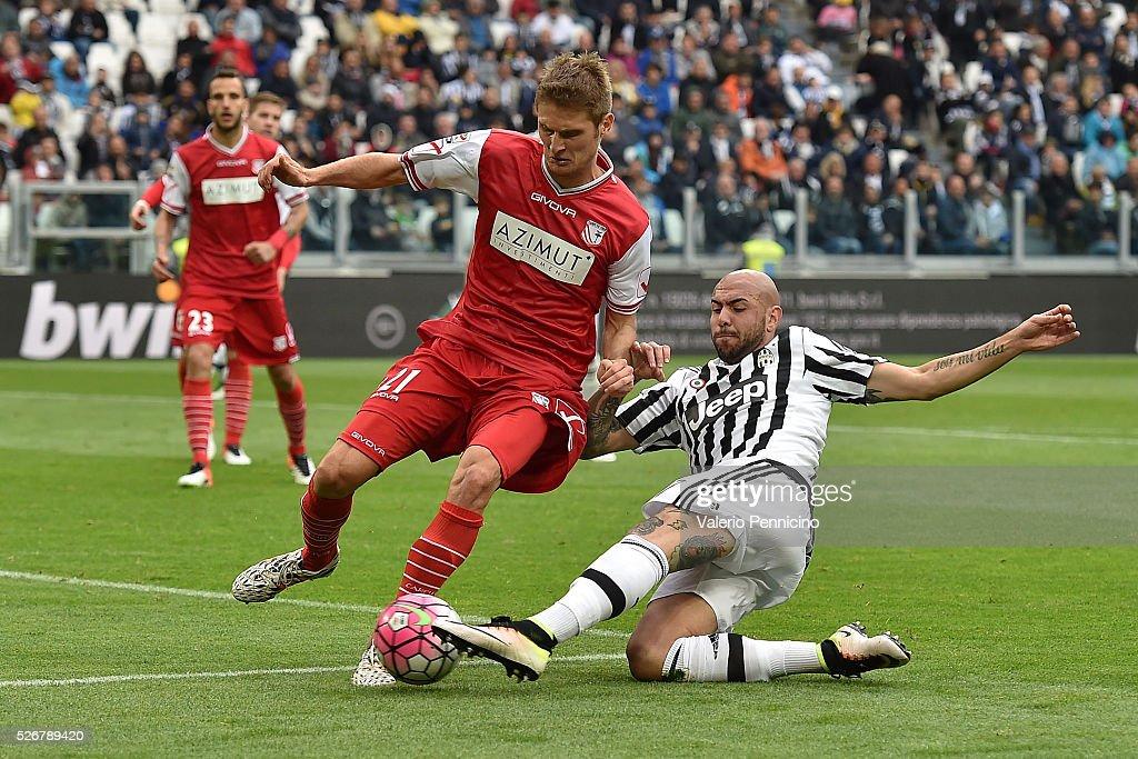 Juventus FC v Carpi FC - Serie A