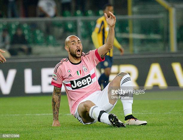 Simone Zaza of Juventus FC reacts during the Serie A match between Hellas Verona FC and Juventus FC at Stadio Marc'Antonio Bentegodi on May 8 2016 in...